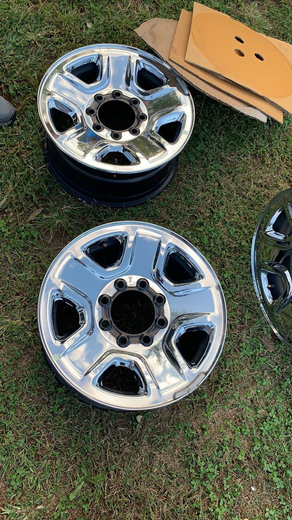 """18"""" 8 lugs DODGE 2500 SPORTS CHROME STEEL WHEELS NEW CONDITION"""