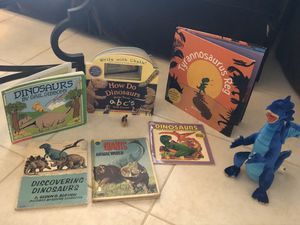 Dinosaur books and toys all for $12 for Sale in Southwest Ranches, FL