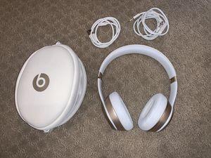 Beats by Dr. Dre- Beats Solo 3 Wireless for Sale in El Cajon, CA