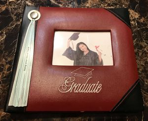 """Graduate Photo Album Holds 4"""" x 6"""" Pictures NEW! for Sale in Spring Hill, FL"""