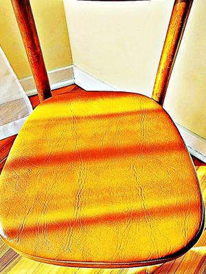 Wooden Shelby Williams Industries MCM chairs (4) with leather seat cushion. for Sale in Halethorpe, MD