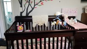 Crib with drawer/changing table for Sale in Bellflower, CA