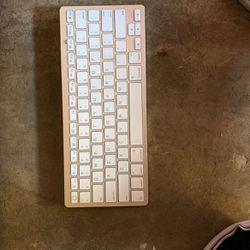 Wireless Key Board for Sale in San Diego,  CA