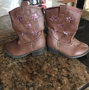Little girl boots size 5 for Sale in Colorado Springs, CO
