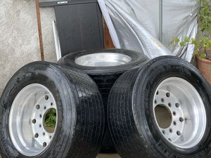 Super Single Trailer Tires for Sale in Bloomington, CA