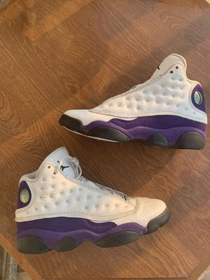 Jordan 13 laker size 5y for Sale in Fremont, CA