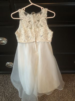 Size 4 David's Bridal Girls Dress for Sale in Raleigh, NC