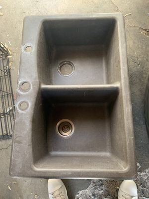 "Kitchen Sink Fiberglass 11"" deep $60.... OBO for Sale in Las Vegas, NV"