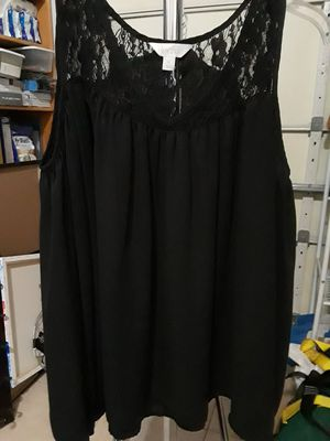 Women- Black Lace Top Long Sleeved Shirt for Sale in El Cajon, CA