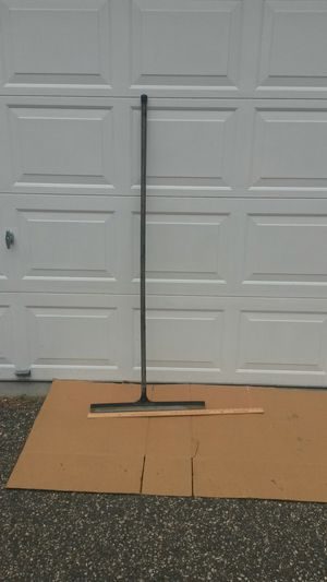 Squeegee driveway sealer for Sale in Falcon Heights, MN