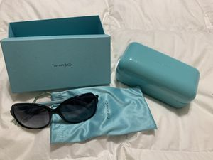 Tiffany & co sunglasses for Sale in San Diego, CA