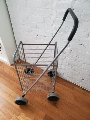 Shopping / laundy cart for Sale in New York, NY