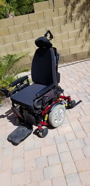 Quantum 6000z electric wheelchair for Sale in Mesa, AZ