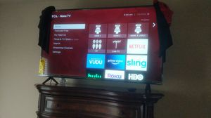 "Tcl roku 47"" new voice remote + Everything still new and in perfect condition for Sale in Seattle, WA"