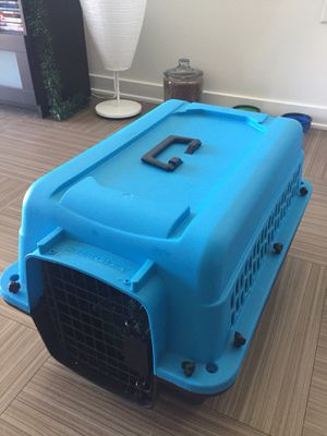 Dog Kennel/Carrier for Sale in Marina del Rey, CA