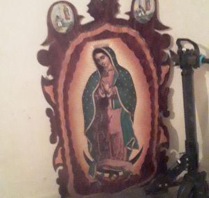 log stump art virgin mary for Sale in Killeen, TX