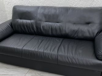 Leather Sofa for Sale in Compton,  CA