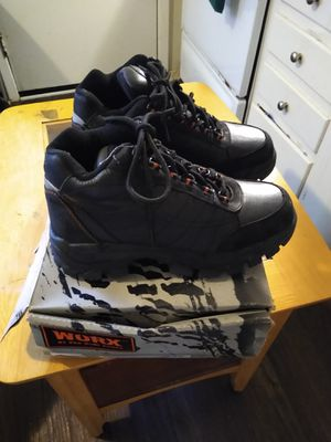 $14 WOMEN'S STEEL TOE WORK BOOTS / SHOES. SIZE 8.5 WIDE for Sale in Smyrna, GA