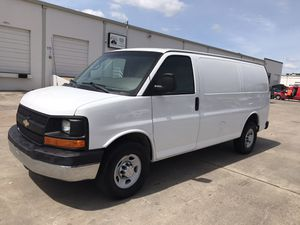 2010 Chevrolet express cargo van for Sale in Houston, TX
