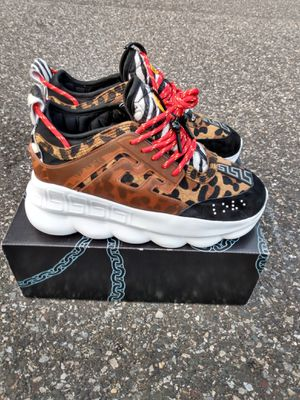 Chain reaction men size 10 for Sale in Springfield, NJ
