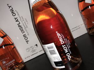 Moet & Chandon X Off White Nectar Imperial Rose C/O Virgil Abloh for Sale in Miami, FL