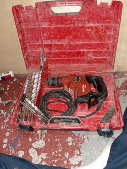 Hammer Drill W Bits for Sale in Liberty,  MO