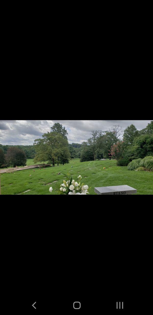 Premium Cemetery Plots at Parklawn Memorial Park