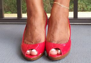 Women Red Heel Size 8.5 for Sale in TEMPLE TERR, FL