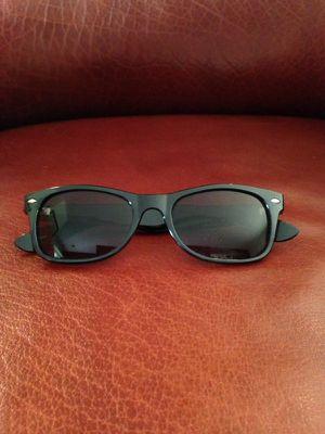 Black framed wayfarer style sunglasses for Sale in Sandy Springs, GA