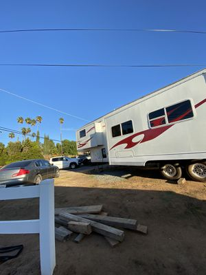 2007 5th wheel toy hauler for Sale in Lakeside, CA