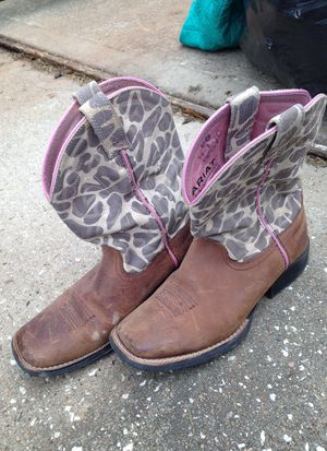 Ariat girls brown pink cowboy boots size 2 for Sale in Richmond, TX