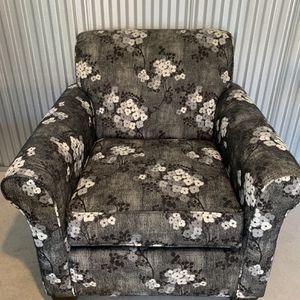 Slumberland Charcoal Chair for Sale in Wichita, KS