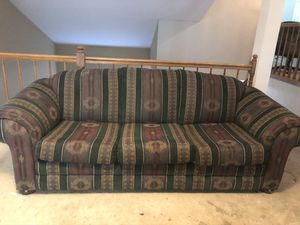 Free Couch that pulls out into a bed for Sale in Pleasant Hill, CA
