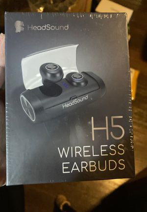 HeadSound H5 True Wireless Earbuds Bluetooth 5.0 with Charging Case 2600mAh . . for Sale in Las Vegas, NV