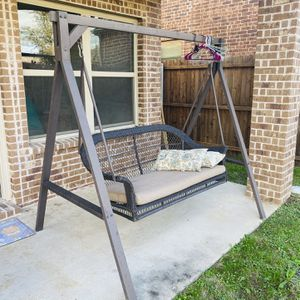 Swing Back Yard Top Quality for Sale in McKinney, TX