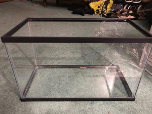 Used 10gal Aquarium Starter Kit (Complete Set) for Sale in Salem, NH