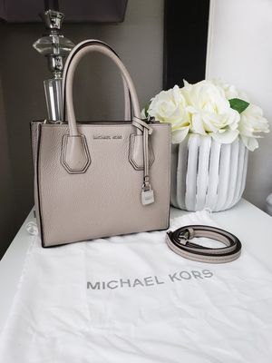 Michael Kors for Sale in Victorville, CA