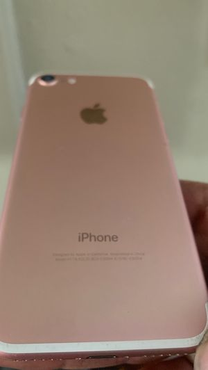 New iPhone 7 pink 32 G Factory Unlocked any carrier for Sale in Stockton, CA