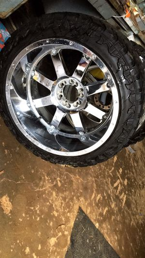 FOUR 22x12 Gear alloys on 33s Atturo tires for Sale in Rice, VA