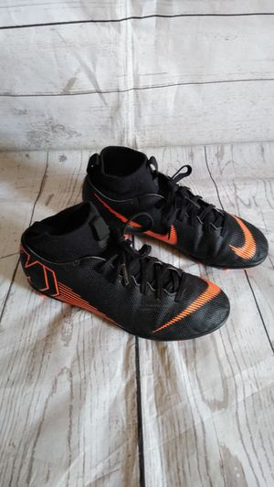 Cute Nike Mercurial Shoes , boy's size 4.5y ( excellent condition ) for Sale in Frederick, MD