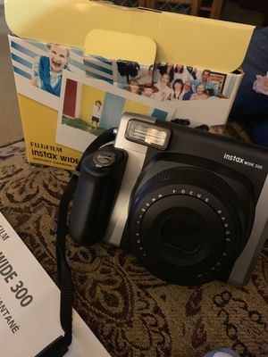 FujiFilm Instant Camera for Sale in Lindale, TX
