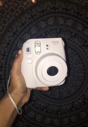 Polaroid (white) instax mini 8 for Sale in Annandale, VA