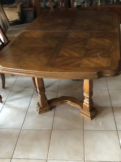 FREE Wood Table And 3 Chairs for Sale in Miami,  FL