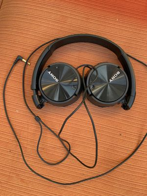 Sony Noise Cancelling Headphones for Sale in San Diego, CA