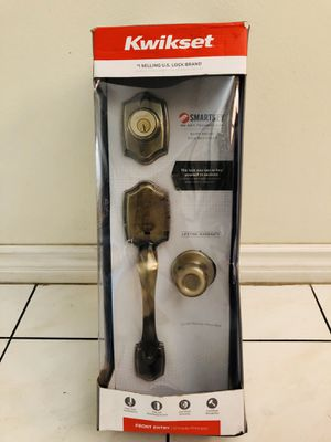 Kwikset Antique brass handleset with Juno Entry Knob for Sale in Westminster, CA