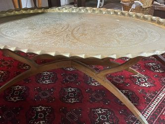 Moroccan Mid Century MCM Oval Coffee Table for Sale in Beaver Falls,  PA
