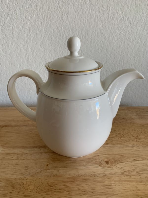 14K Gold Trim Bone China Teapot