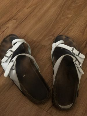 Smelly shoes size 9 womens for Sale in Daly City, CA