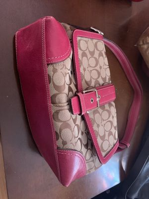 Coach, fendi and more for Sale in St. Louis, MO