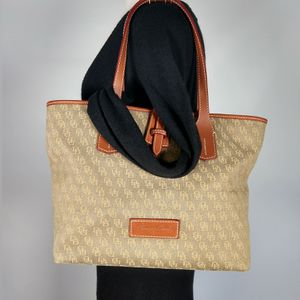 Dooney & Bourke canvas monogram tote for Sale in Smyrna, GA